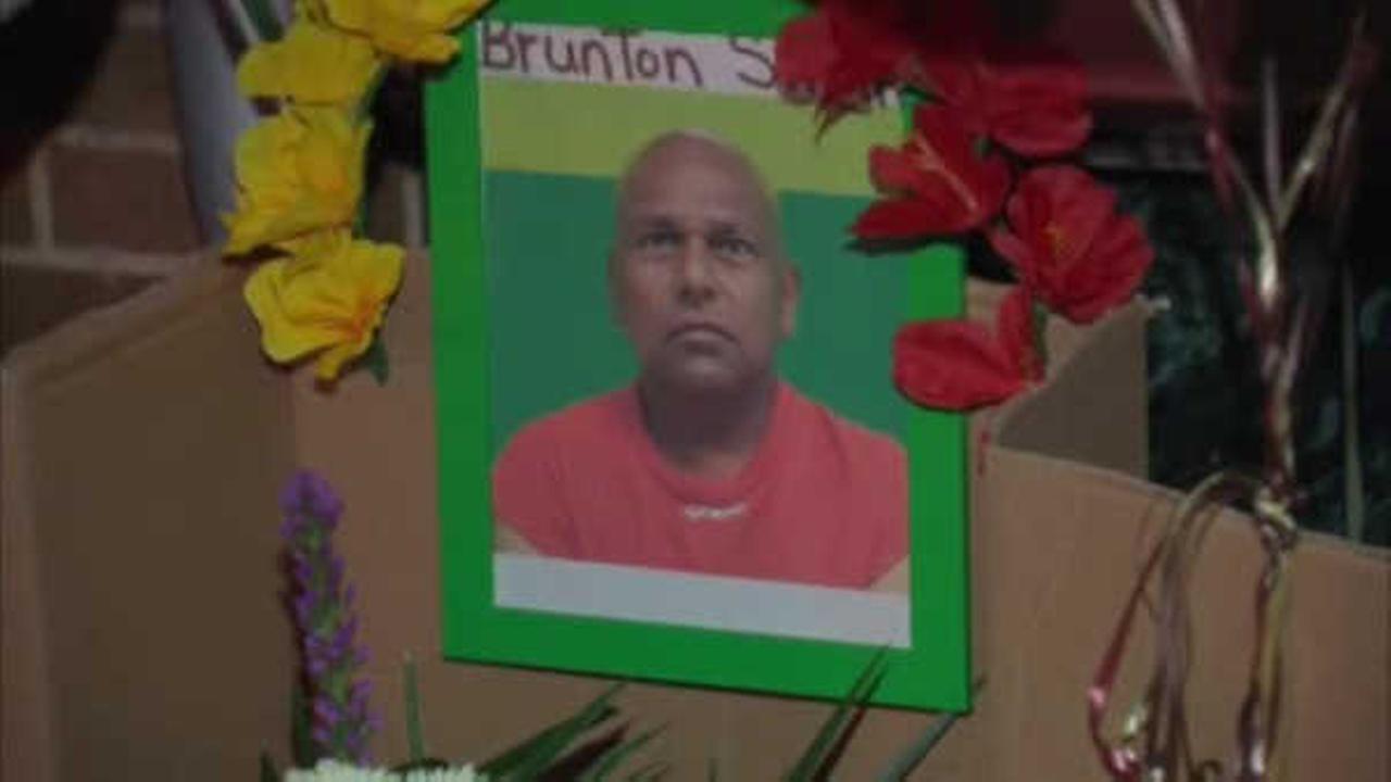 Newark man fatally shot while walking to work