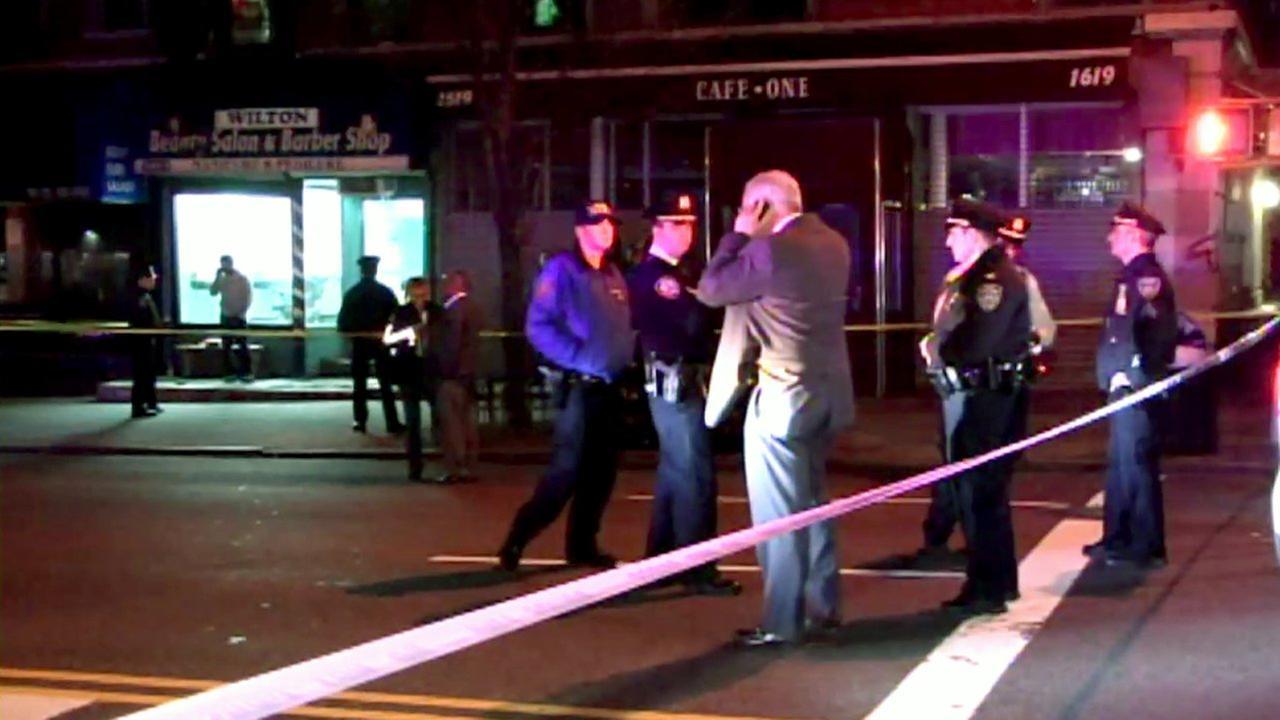 Harlem barbershop shooting leaves 1 hurt