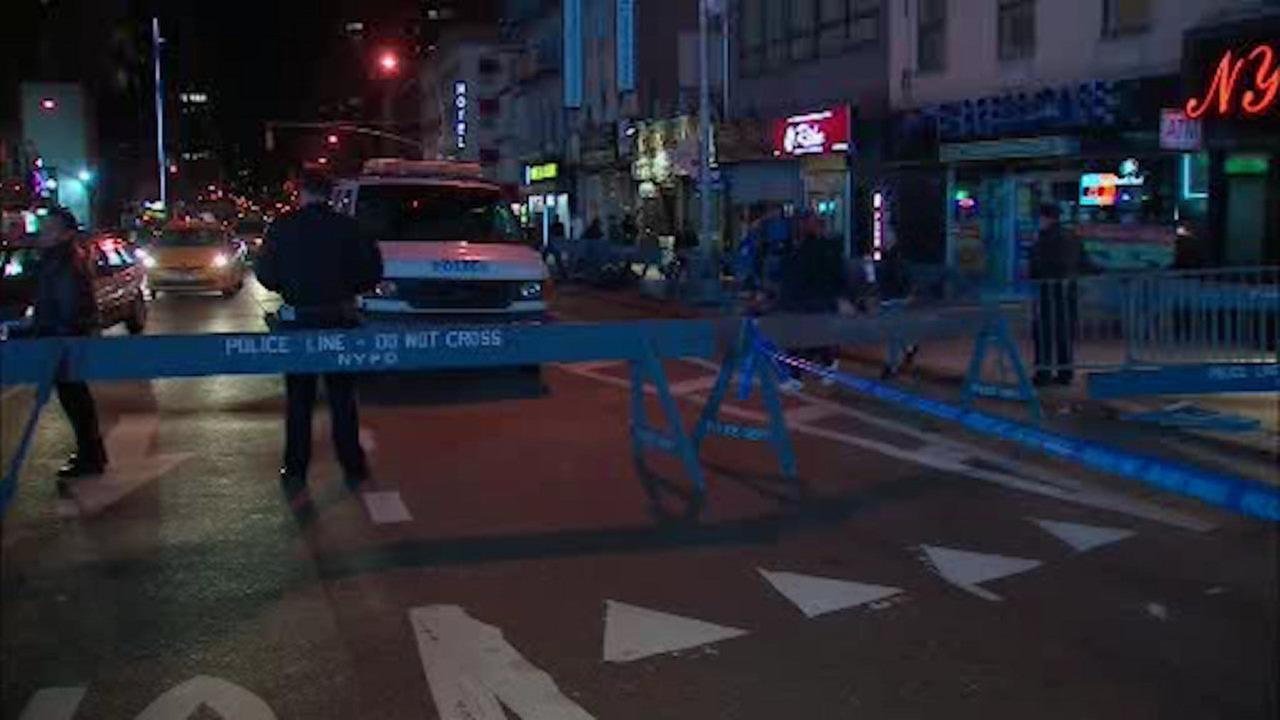 Delivery man stabbed and slashed in Midtown