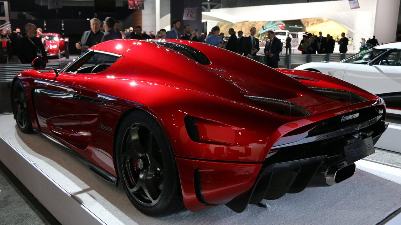 Photos Hot Cars At The New York International Auto Show - When is the new york car show
