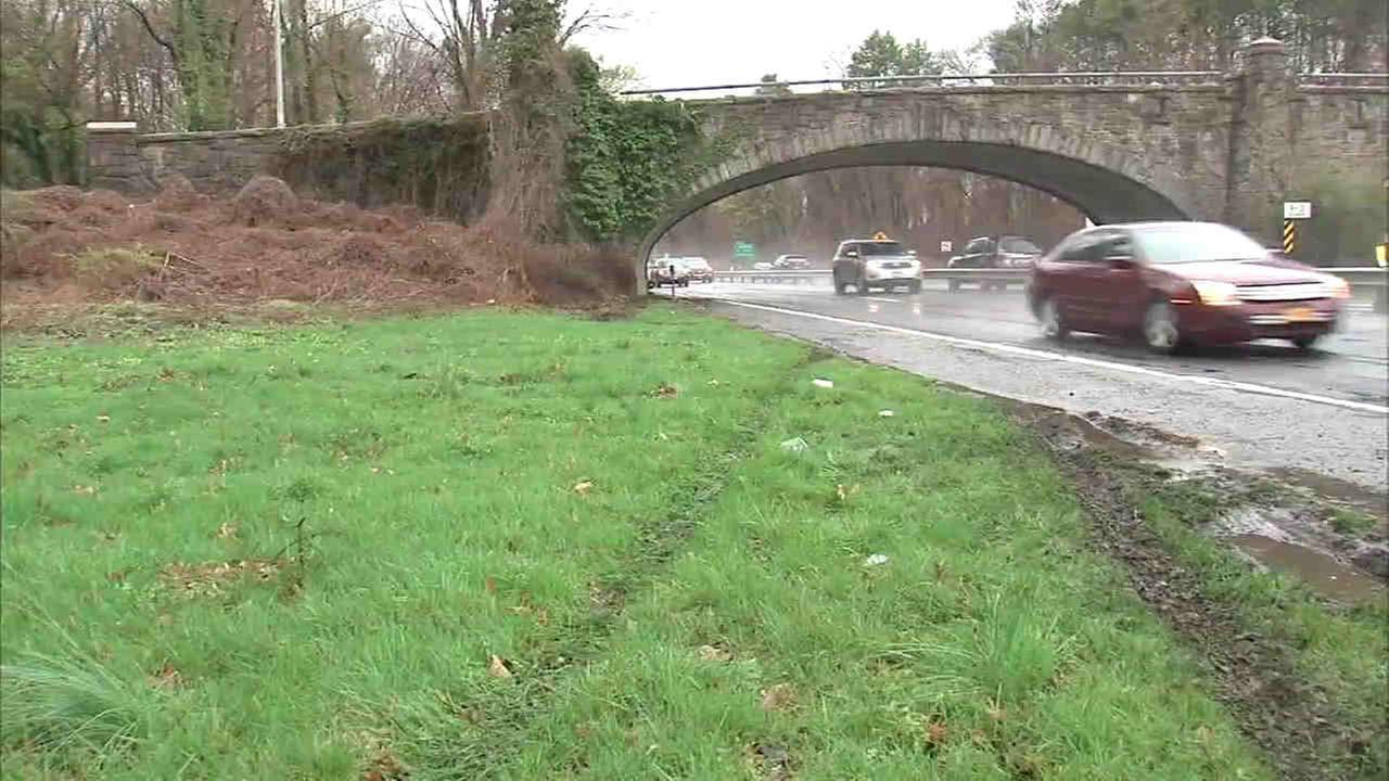 Body found alongside Bronx River Parkway in Yonkers