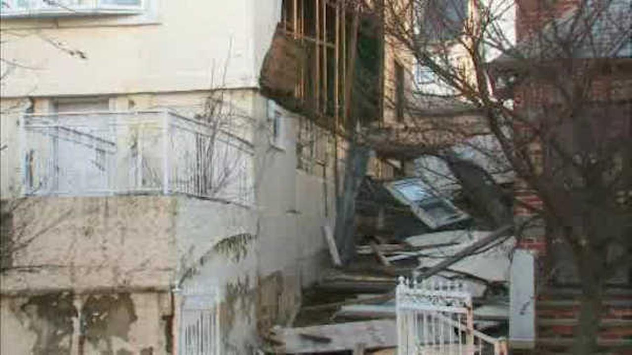 Winds believed to blame for partial building collapse in the Bronx