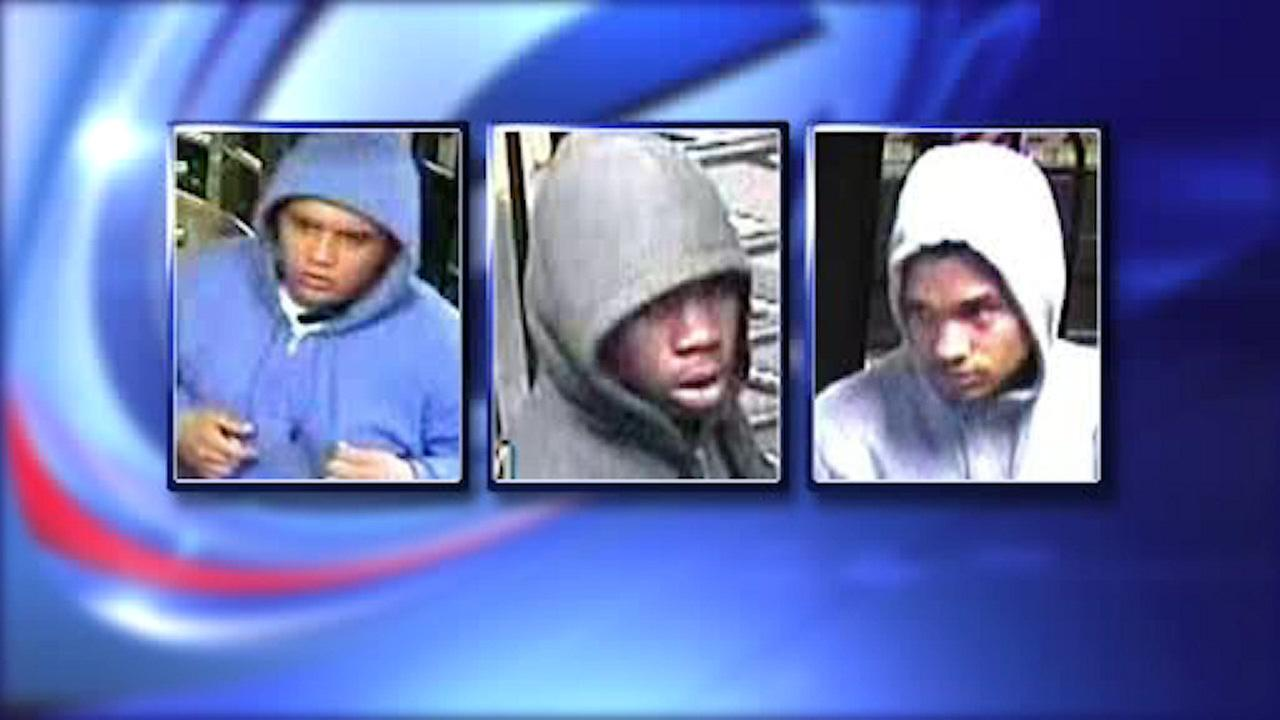 NYPD searches for robbers who targeted children in Central Park