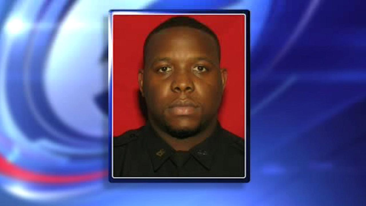 NYC correction officer charged with beating inmate