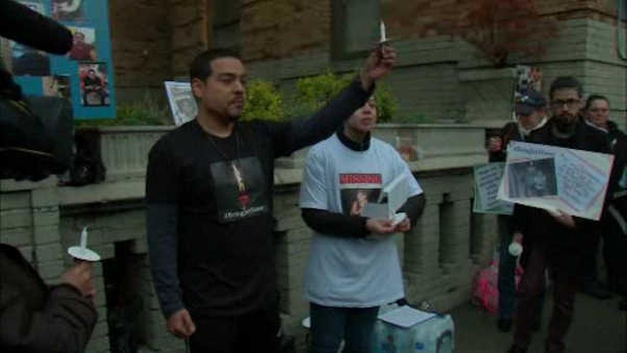 Candlelight vigil held for Bronx father missing 2 weeks