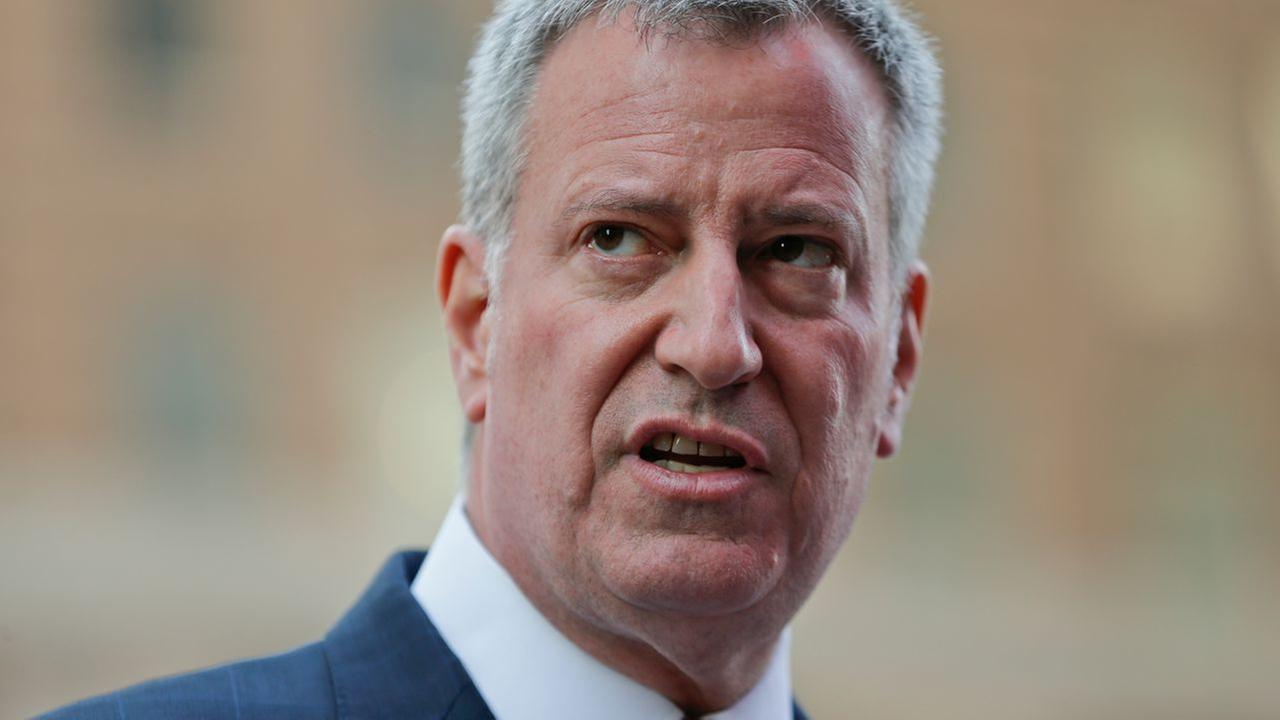 Mayor Bill de Blasio's approval rating at all-time low, poll finds