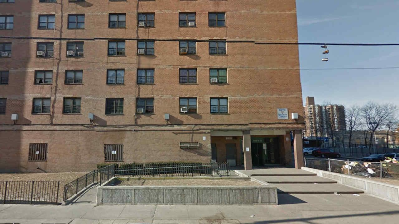 NYCHA worker killed doing elevator repairs in Brooklyn
