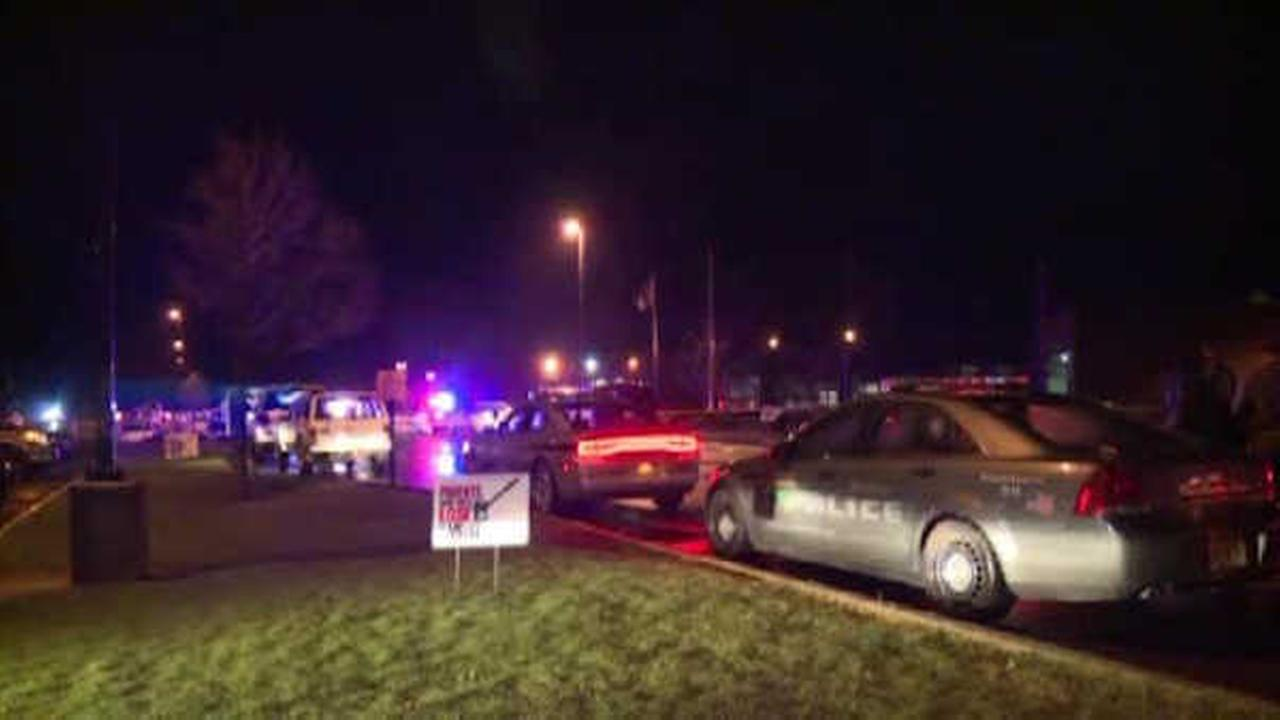 2 shot outside Wisconsin prom; suspected gunman killed by police