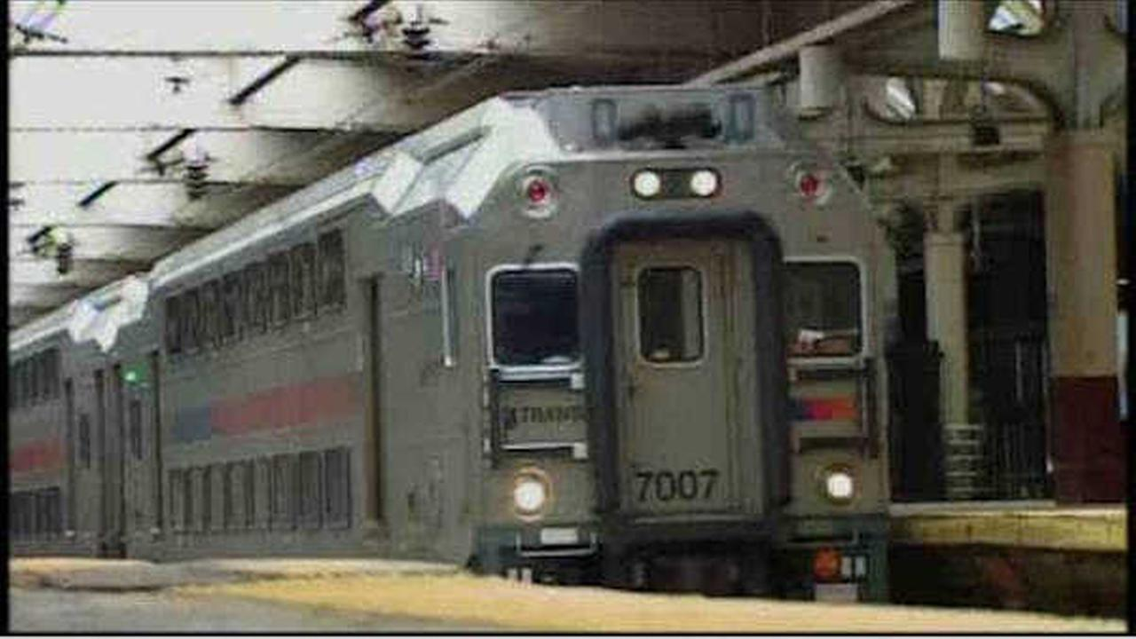 Threat of New Jersey Transit strike over after two unions approve new contract