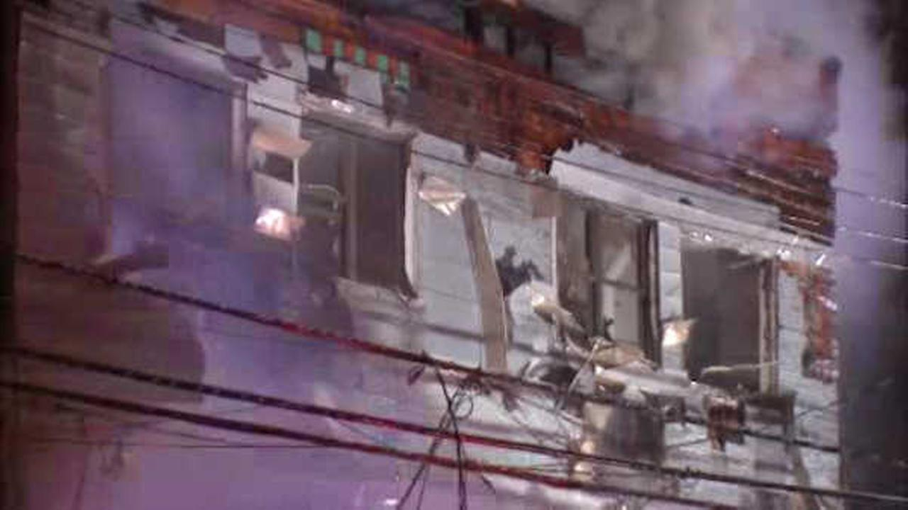 At least 7 hurt when fire rips through building in Sheepshead Bay