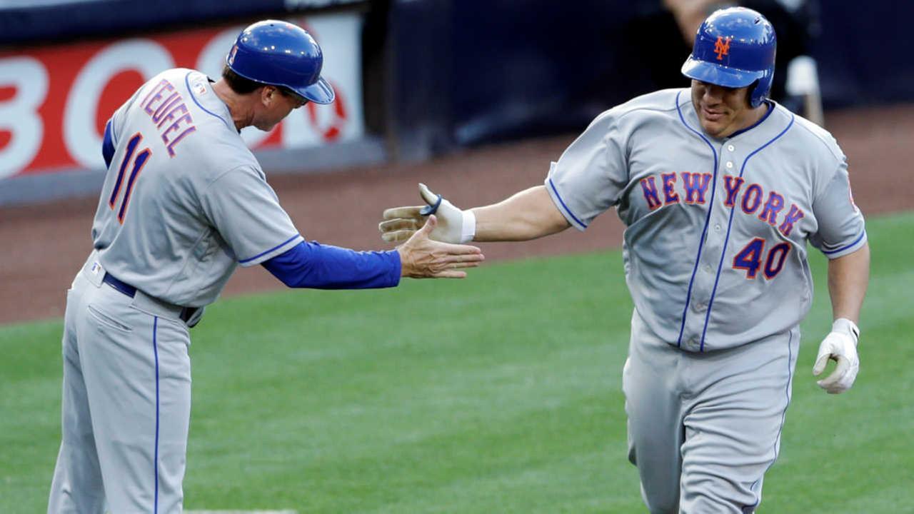 WATCH: Mets' Bartolo Colon hits first career home run