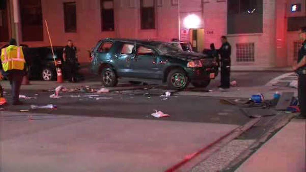 3 hurt in crash near Holland Tunnel in Jersey City