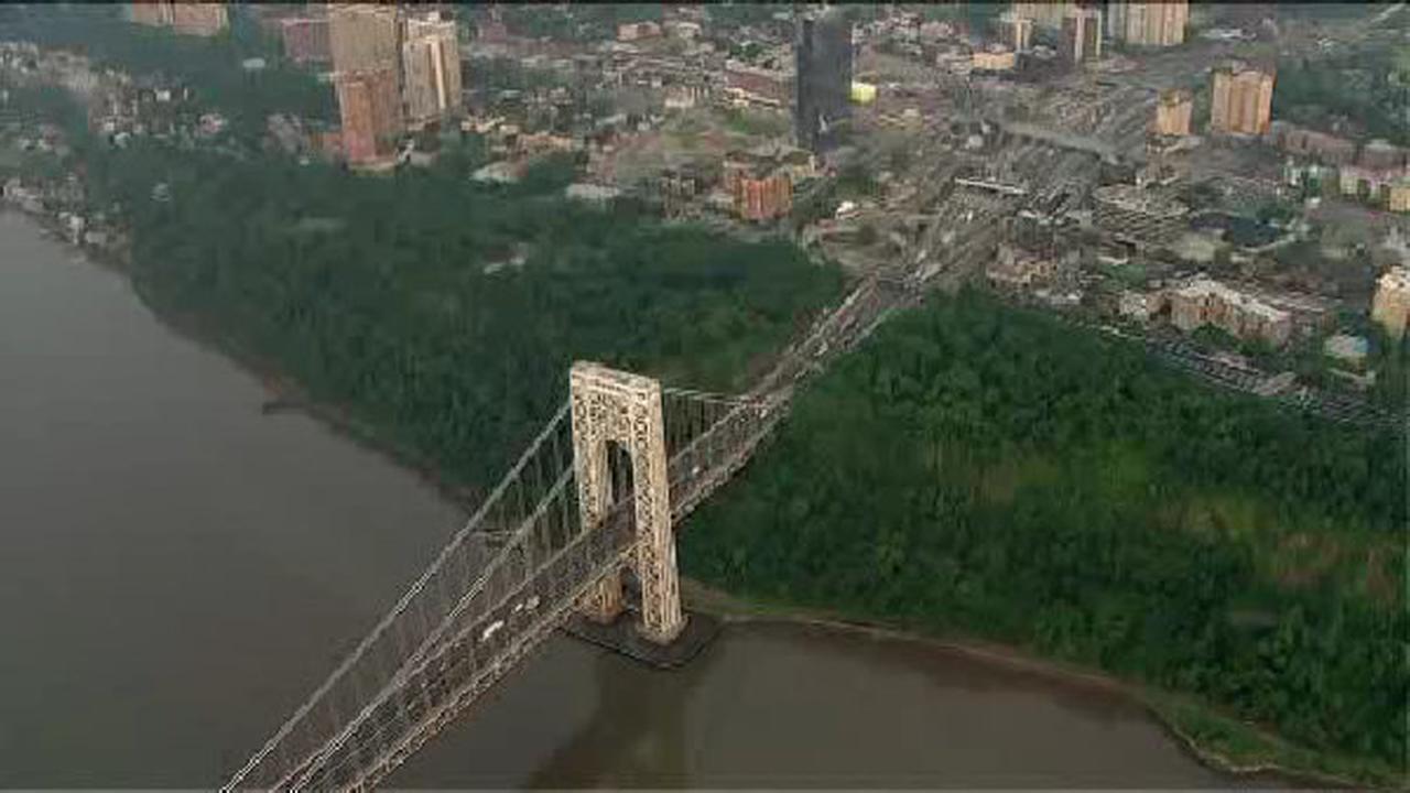 Newark mayor Baraka signs order to audit Port Authority
