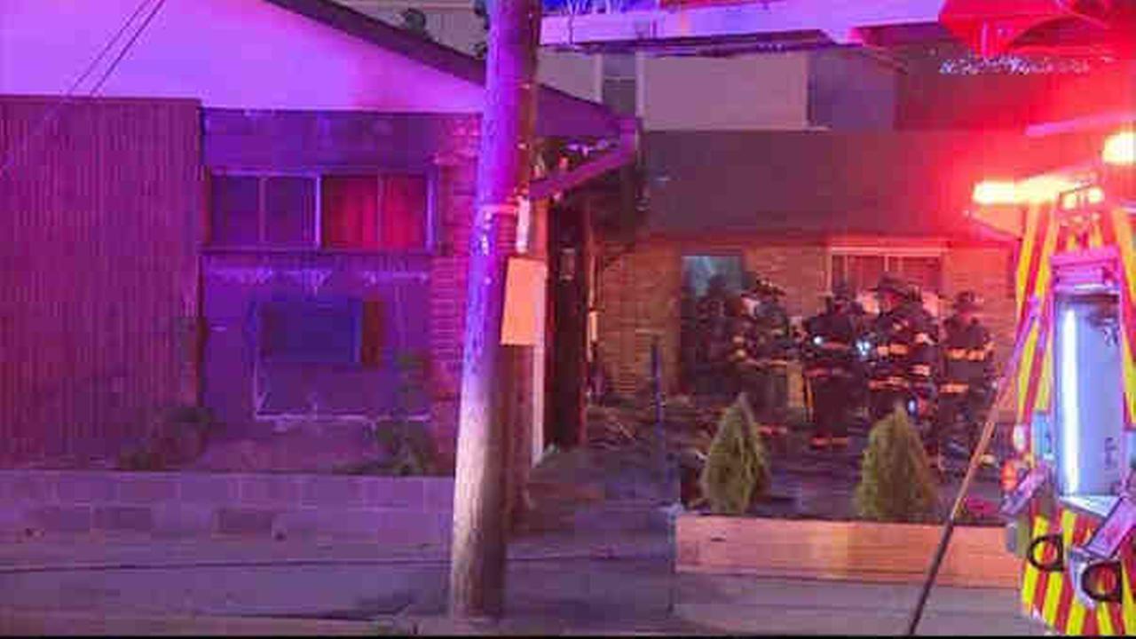 2 burned in Irvington, NJ, motel fire