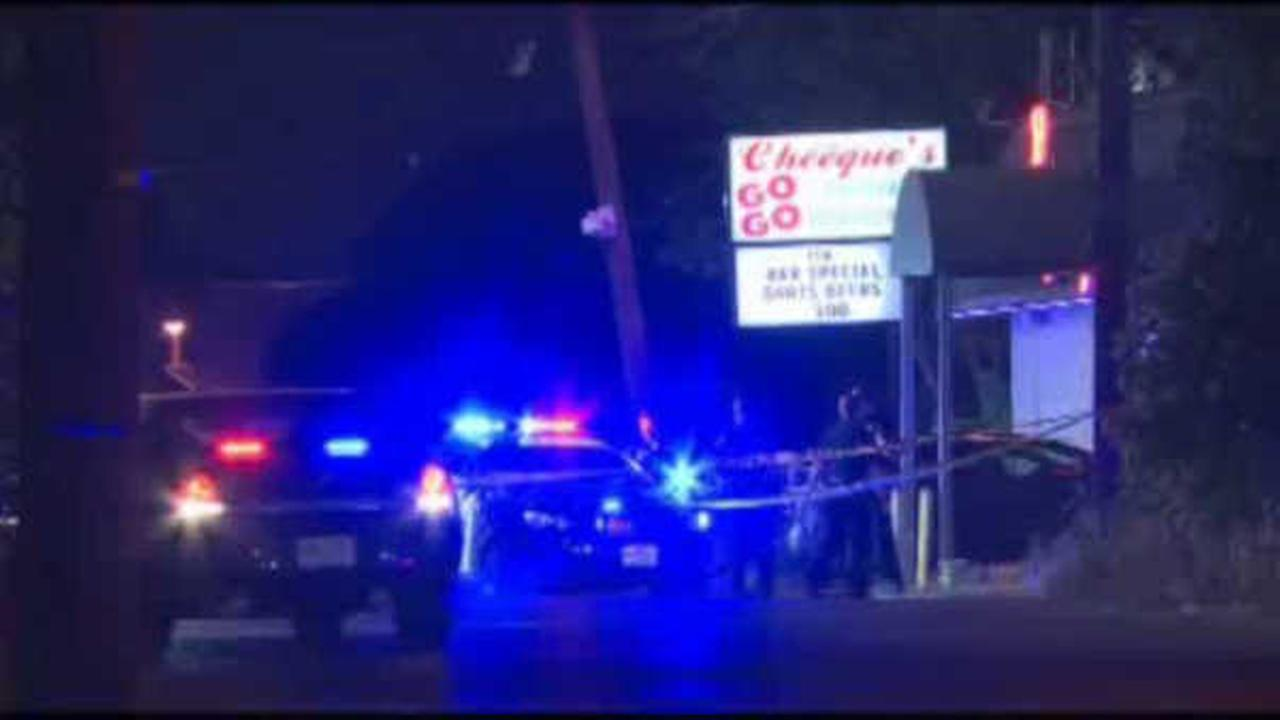 Man shot at Cheeques Lounge parking lot in Linden, police say
