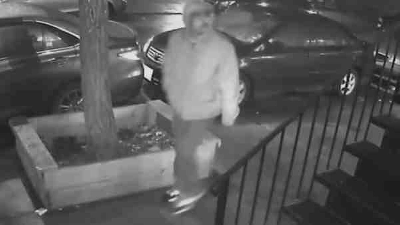 Woman mugged in East Village, police say