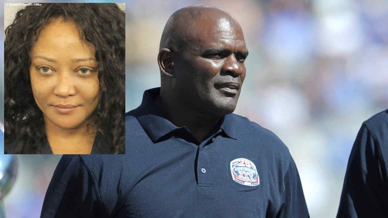 Former New York Giants Lawrence Taylor looks on during a 25 year anniversary celebration, Sunday, Sept. 20, 2015. (Mug shot courtesy Broward County Sheriffs Office)