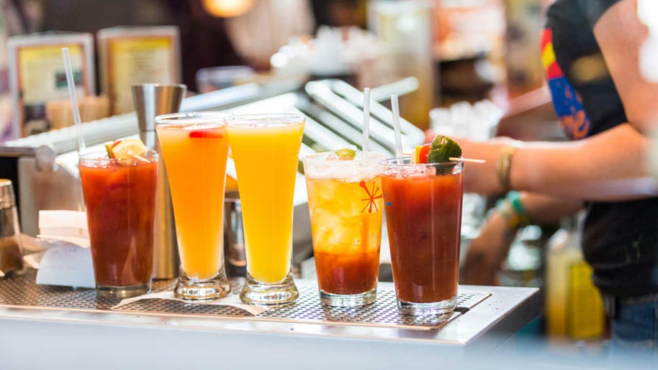 Committee weighs brunch bills that would allow earlier alcohol sales