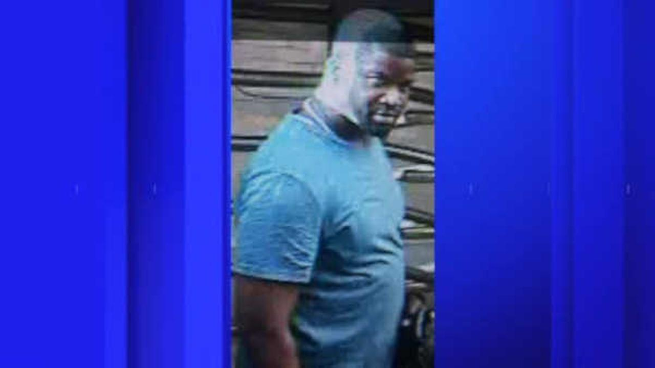 Woman knocked unconscious in Lower Manhattan subway station; police searching for suspect