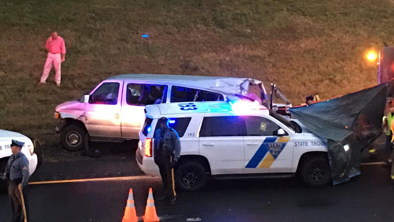 2 Victims Identified After Van Overturns On Garden State Parkway In Holmdel  Township, New Jersey | Abc7ny.com