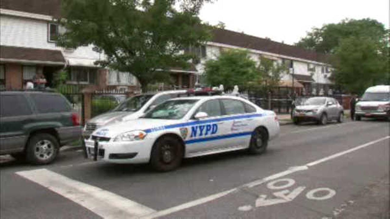 Police investigating apparent Bushwick murder-suicide