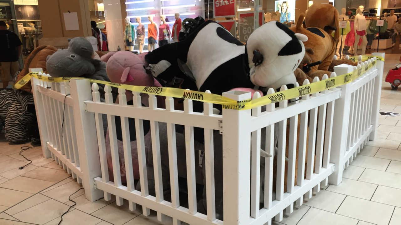 Large stuffed animal catches fire at Queens Center Mall