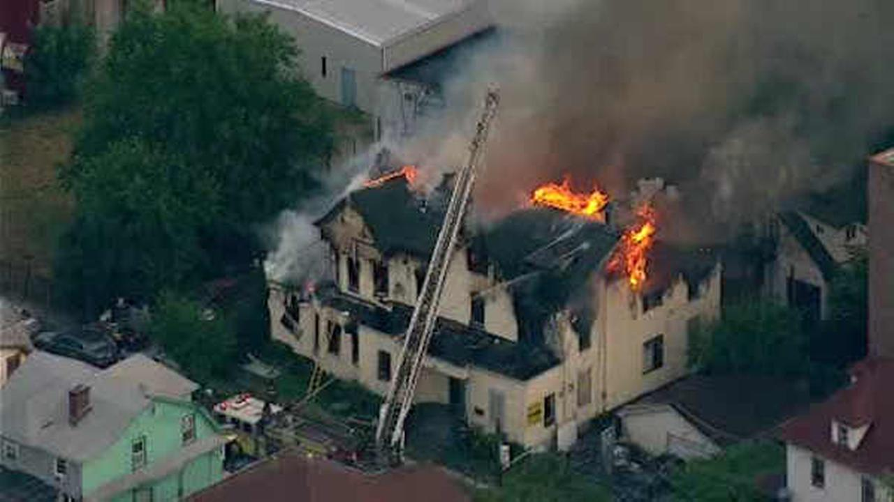 3-alarm fire rips through vacant house in Newark, New Jersey