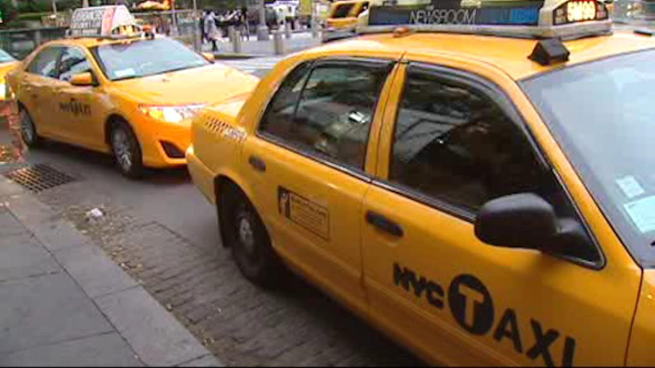 NYC Taxi e-hailing apps to begin offering ride-sharing service