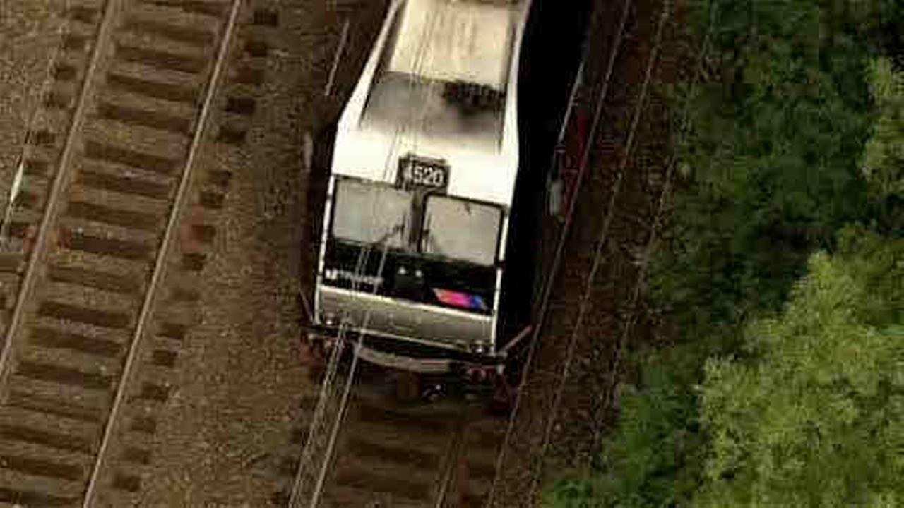 New Jersey Transit train hits teen, injures head