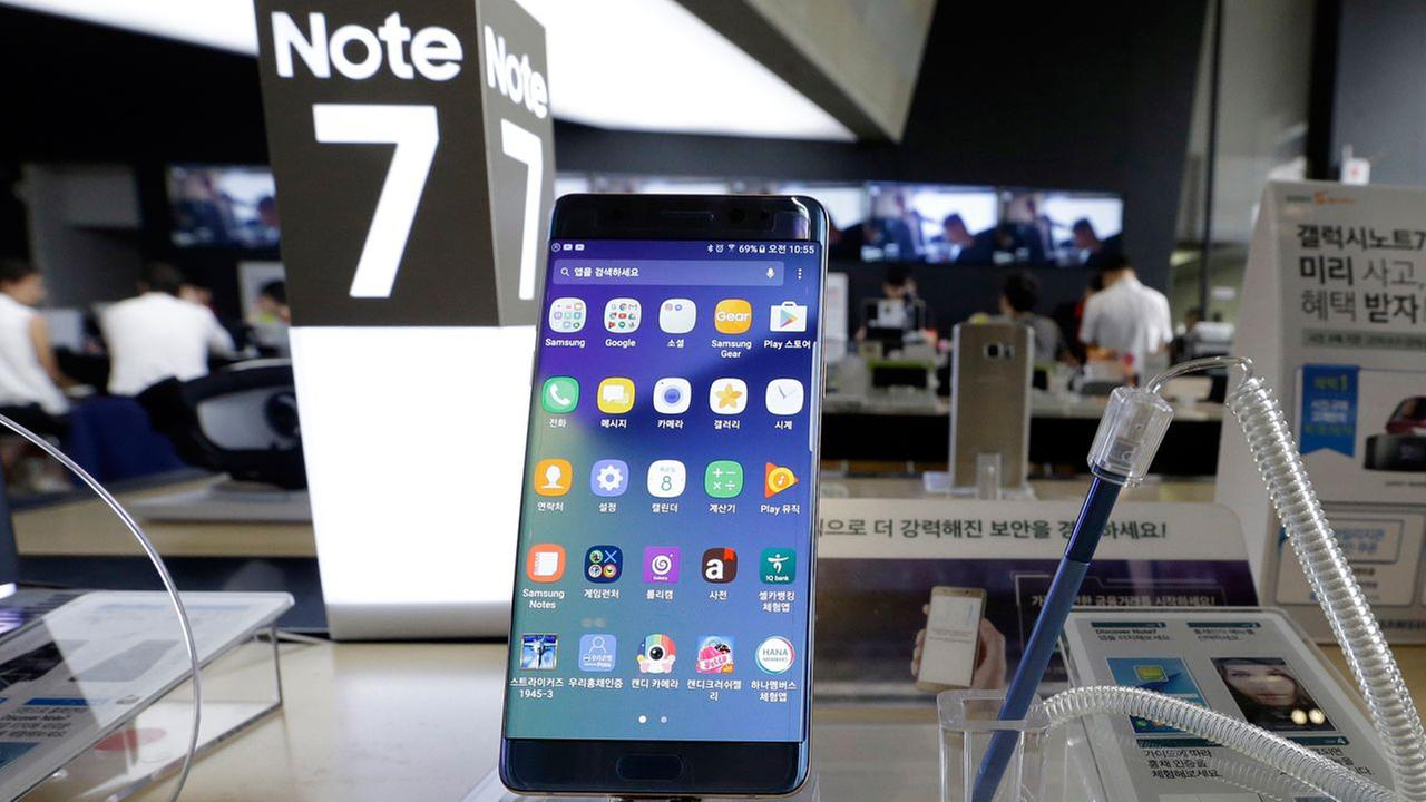 In this Sept. 8, 2016 file photo, a Samsung Electronics Galaxy Note 7 smartphone is displayed at the headquarters of South Korean mobile carrier KT in Seoul, South Korea.