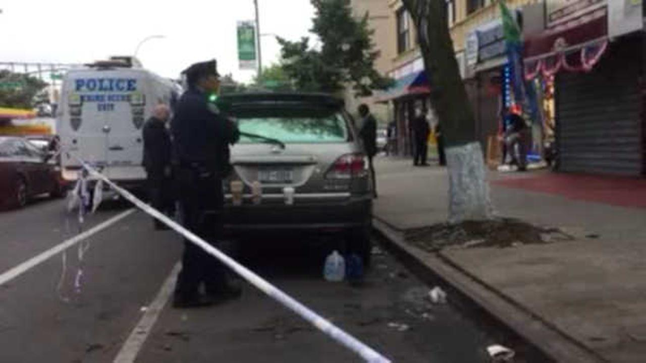 Boyfriend in custody after woman found dead inside Flatbush cellphone store