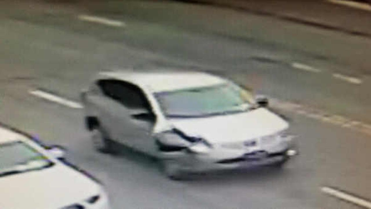 Police search for driver in hit and run crash that injured pedestrian in Great Neck