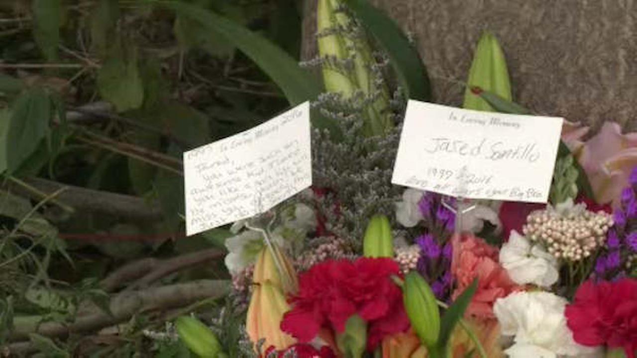 2 teens killed, 3 hurt in Orange County crash