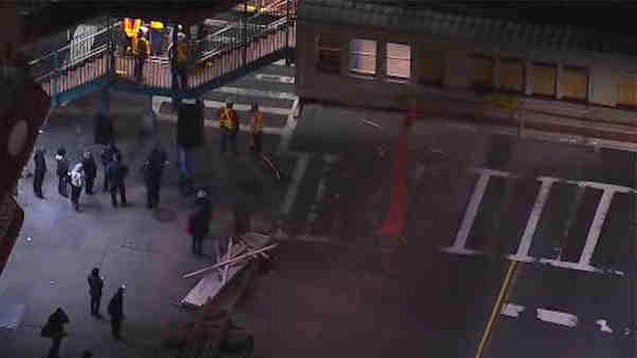 A box truck struck an elevated train station in Brooklyn, causing subway delays.