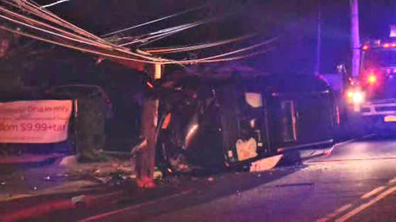Car crashes into pole in Bohemia, Long Island, leaving hundreds of customers without power