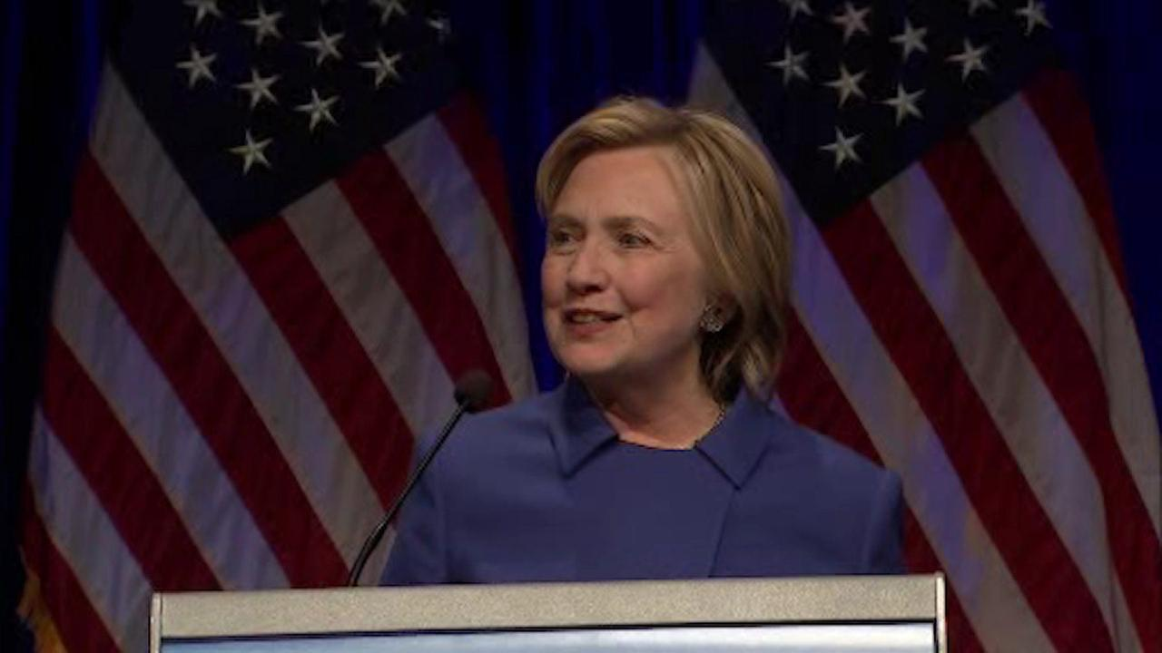 Clinton gives first speech since conceding presidential election