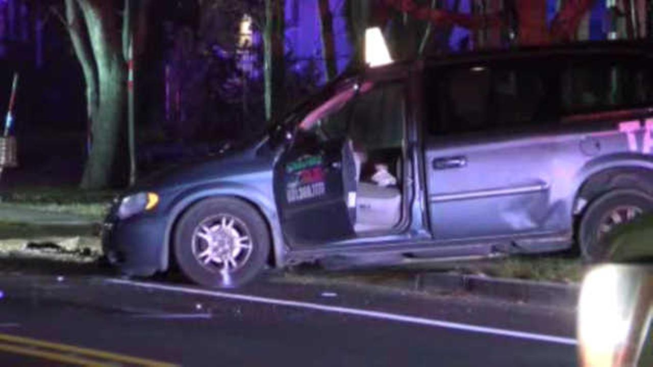 Young boy, mother in hospital after taxi crashes into minivan in Riverhead