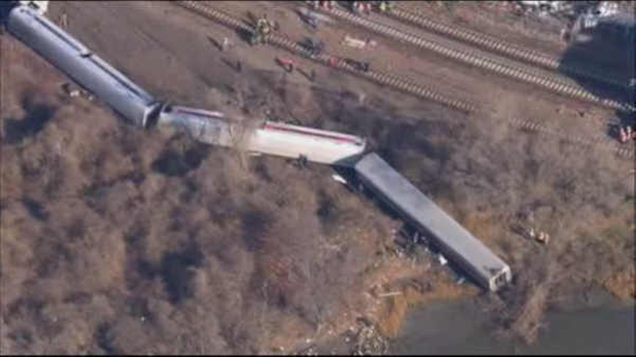4 people were killed in the 2013 derailment of a Metro-North train in the Bronx