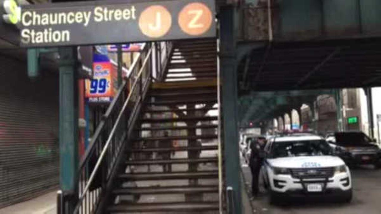Police: Teen stabbed after fight on J train in Bushwick