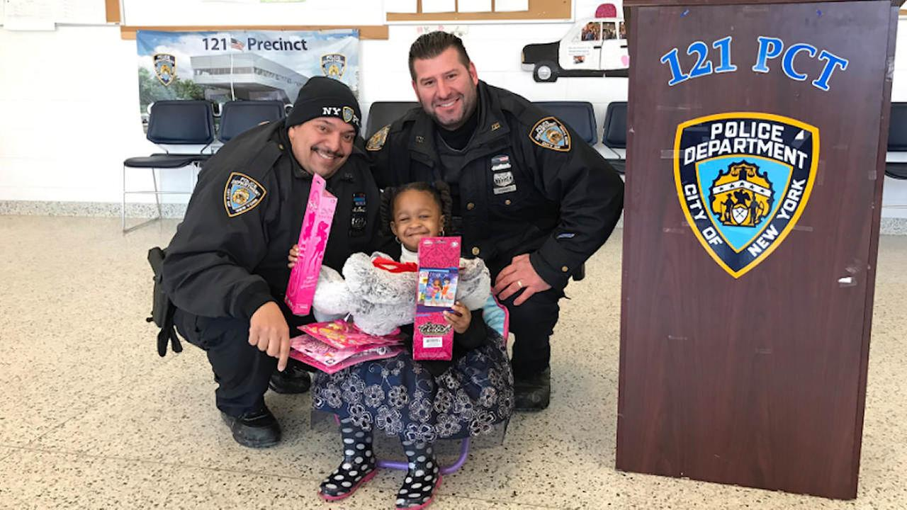 Girl stabbed 11 times visits officers who saved her