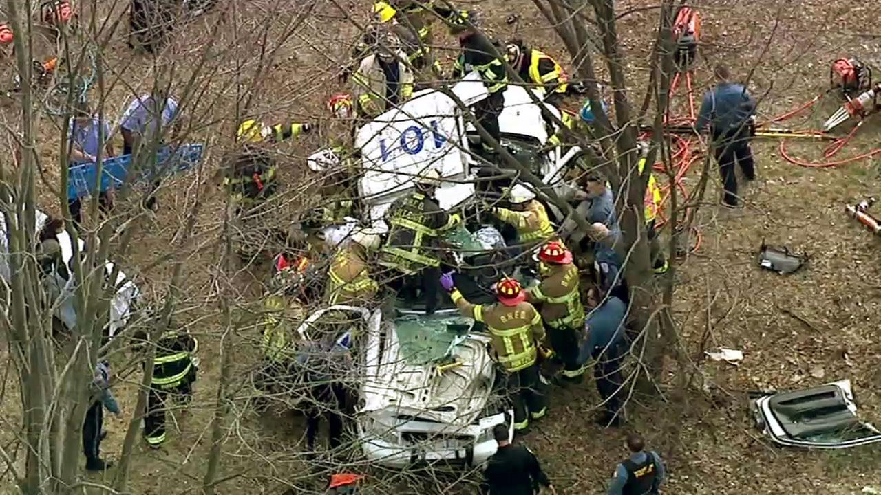 New Jersey trooper recovering from leg injuries suffered in crash