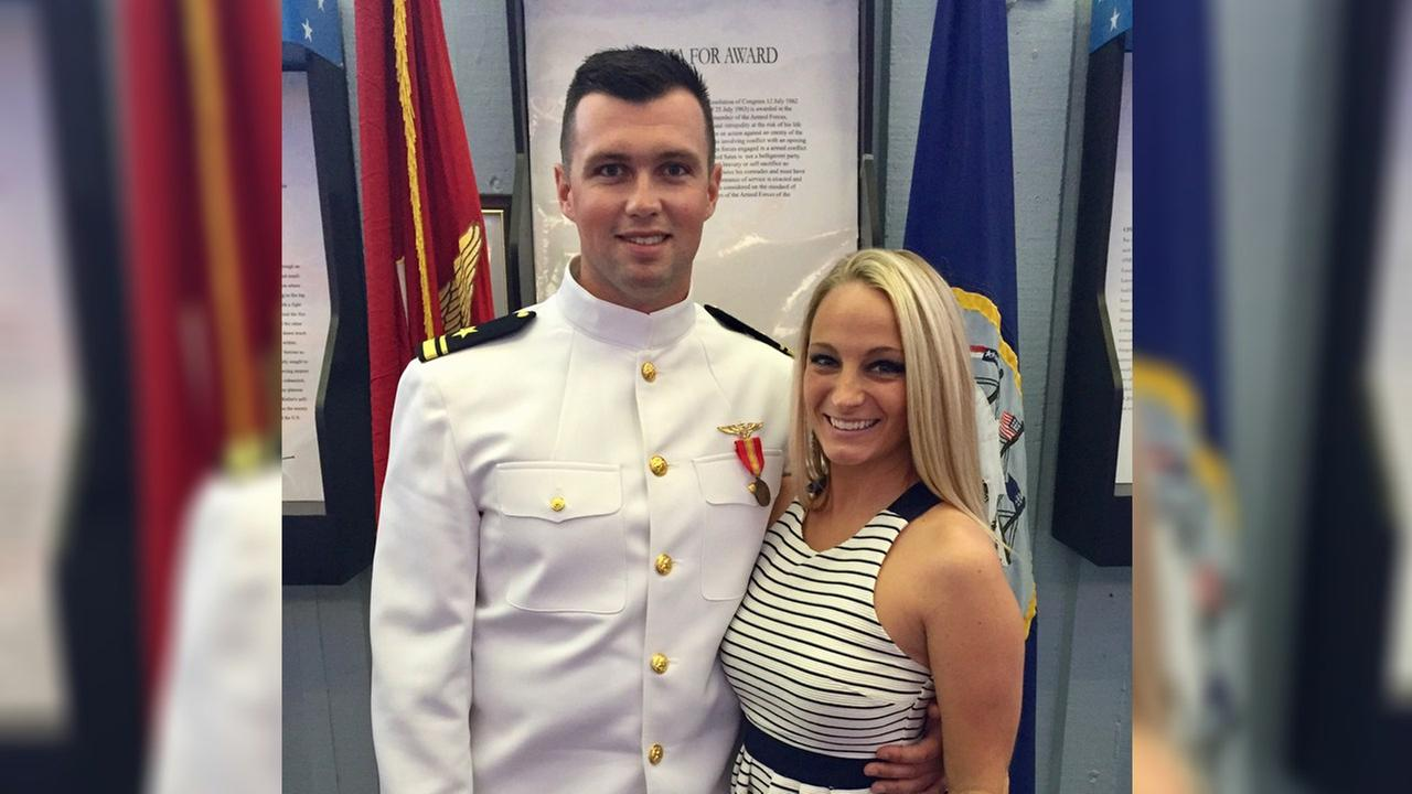 Navy Lieutenant from Long Island wins free wedding as thank you for military service