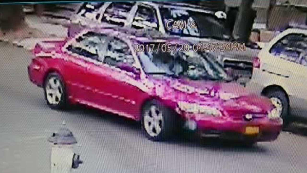 Police release picture of car involved in hit-and-run of 8-year-old girl in Brooklyn