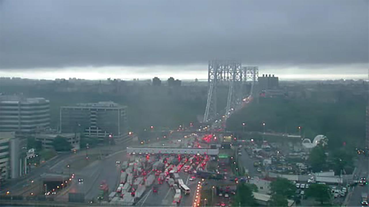 Major delays on inbound GWB after tractor-trailer crash on Cross Bronx Expressway