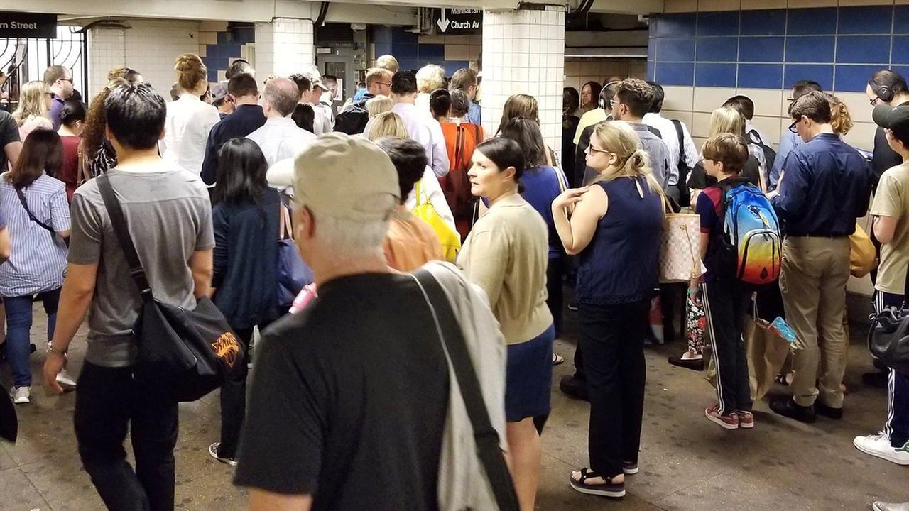 A look at the platform at Hoyt-Schermerhorn in Downtown Brooklyn