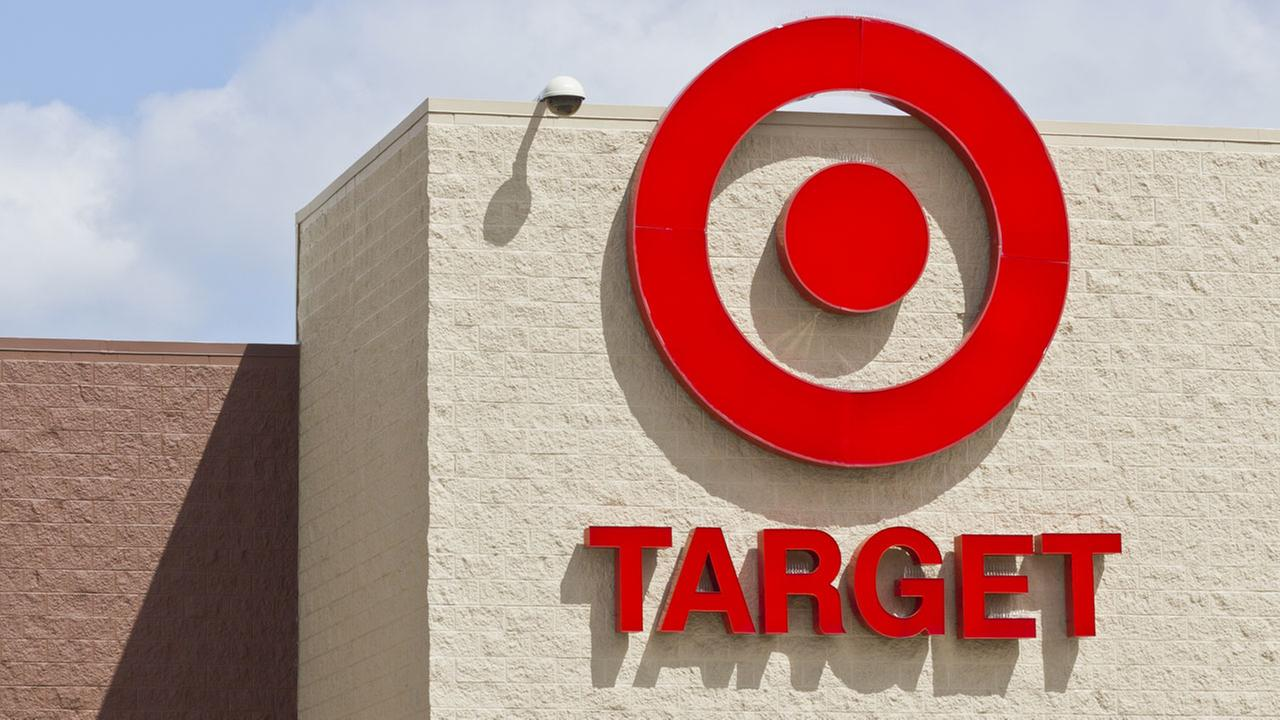 Target to offer free shipping for holidays