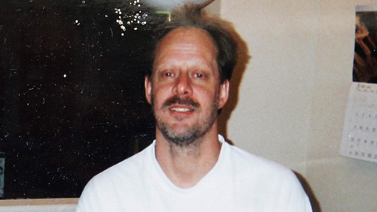 Hotel: Staff had more than 10 interactions with Las Vegas gunman during his stay