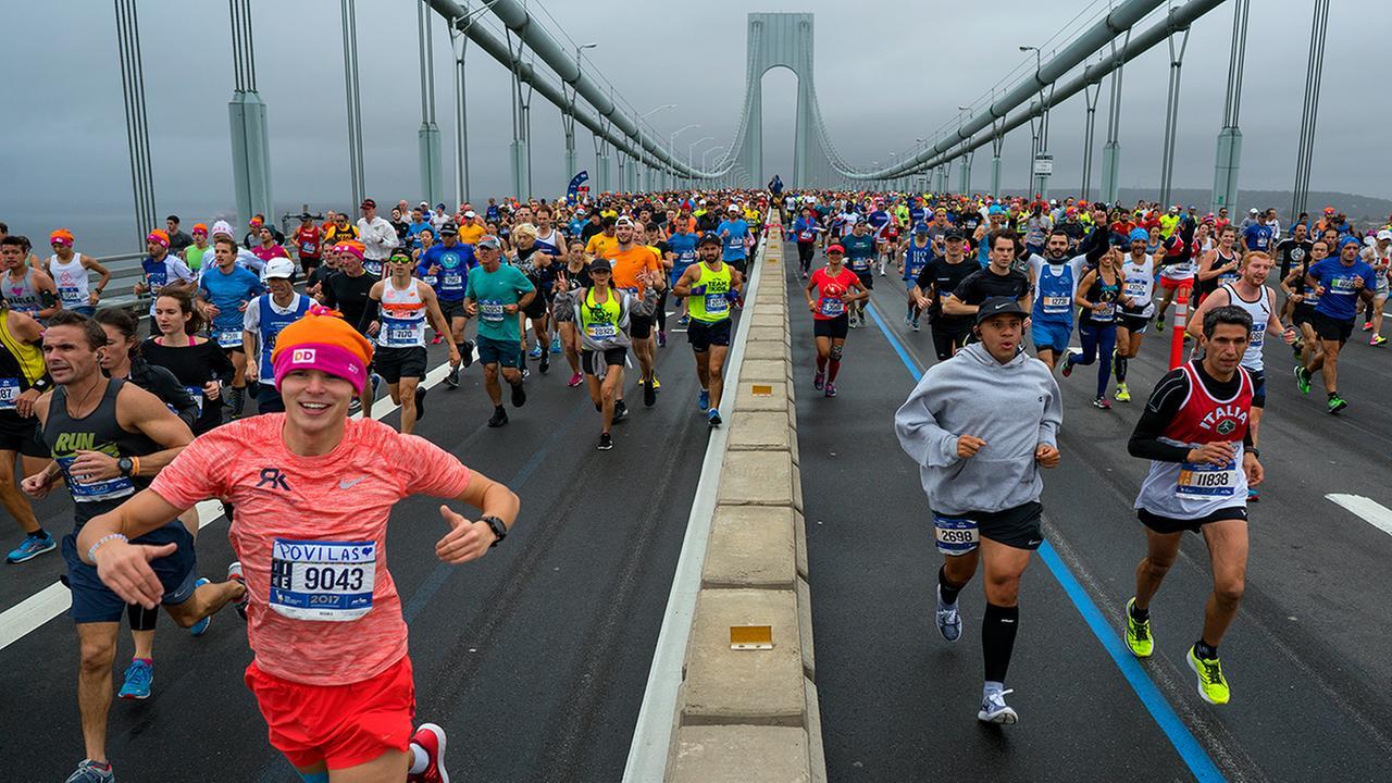 Runners cross the Verrazano-Narrows Bridge during the New York City Marathon Sunday, Nov. 5, 2017, in New York. (AP Photo/Craig Ruttle)