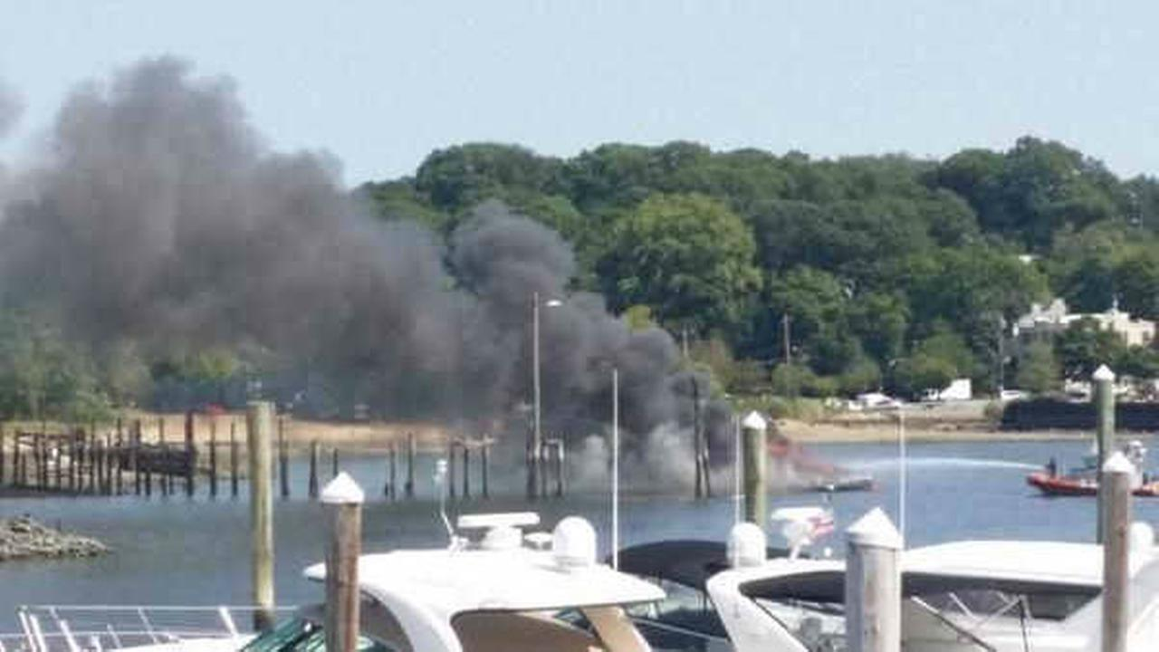 Boat catches on fire in Port Washington