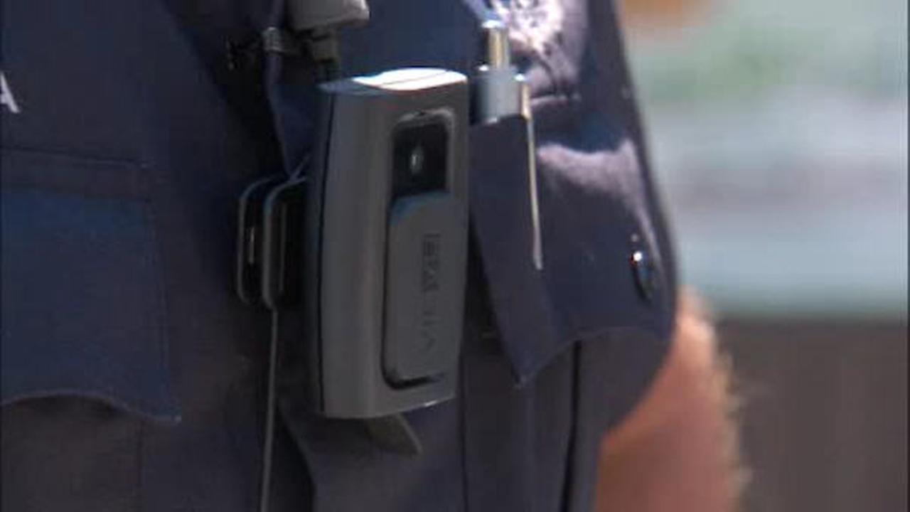 NYPD set to deploy 1,200 body cameras around New York City